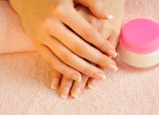 Maseczka na paznokcie potrafi przywrócić im blask i piekny wygląd