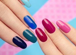 Modne kolory paznokci