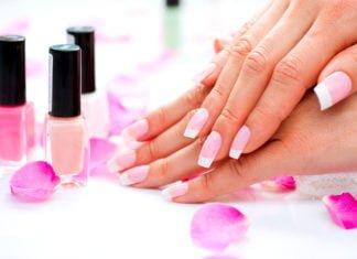 Przedłużanie paznokci daje świetny efekt końcowy